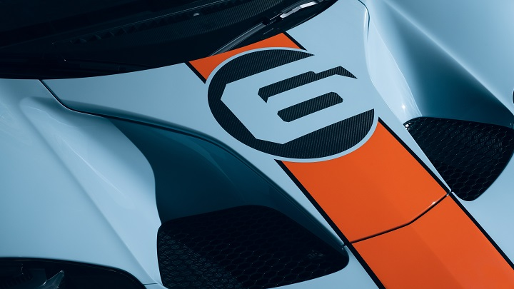 2020 ford gt heritage edition close up bonnet with racing number