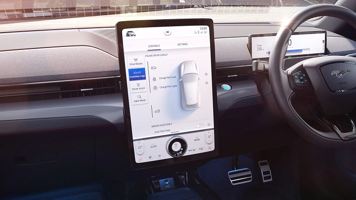 2021 Mach-E infotainment system with 15.5-inch screen