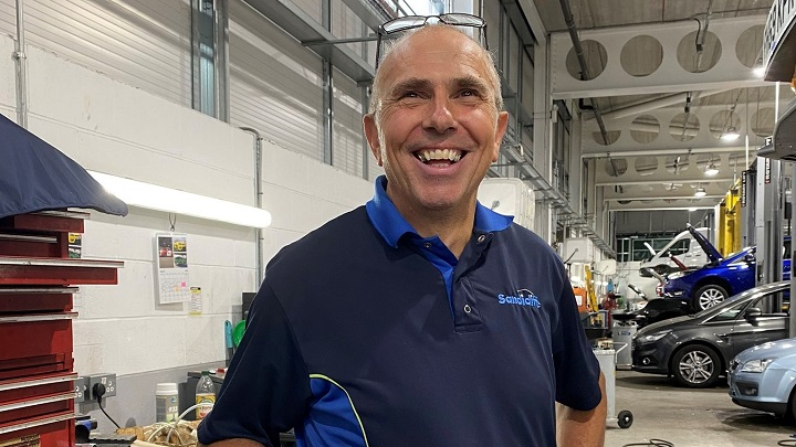 Sandicliffe's Ford Master Technician Paul Trickett smiling