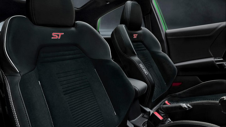 2021 Puma ST interior RECARO sports seats