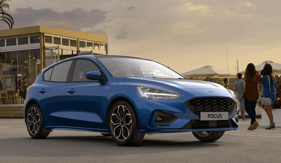 Ford Focus ST-Line Driving Front View