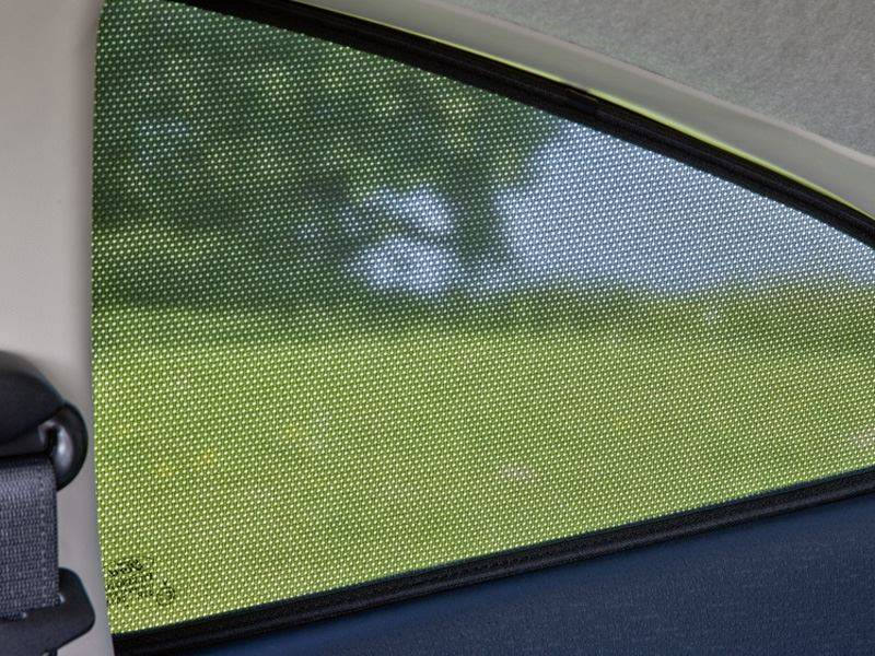 Genuine-Ford-Kuga-Sun-Shades---Set-of-5-for-All-Rear-Windows-(1547211) 1