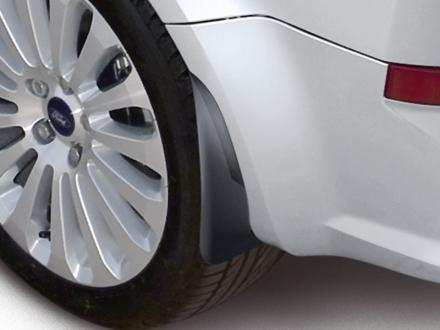 https://images.sandicliffe.co.uk/sandicliffe-shop/thumbs/Genuine-Ford-Fiesta-Rear-Mud-Flaps---In-a-contoured-design--1531632--1.jpg
