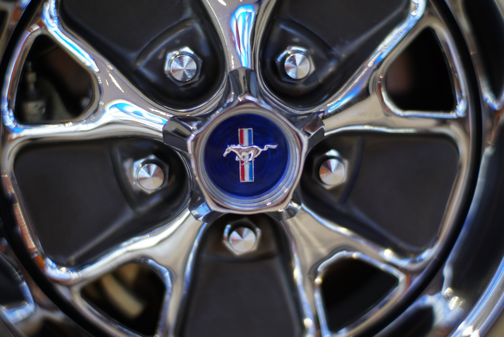 wheel of 1967 ford mustang